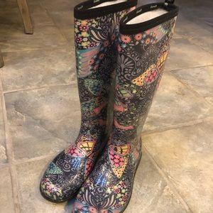 Kamik rain boots, floral w butterflies. Size 9